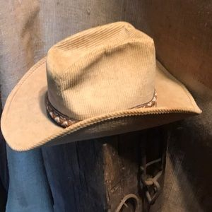 united hatters Accessories - Vintage union made united Hatters cowboy hat 5db8d0964b73
